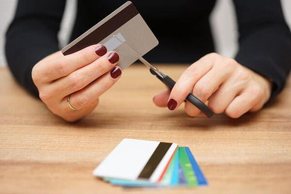 hủy thẻ tín dụng VP Bank đúng cách