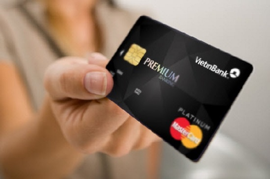 cách vay tiền bằng thẻ tín dụng